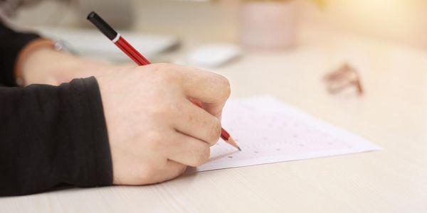 Abschlussprüfungen im Haus